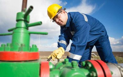 Oil & Gas Safety Training: How to Lower Risk of Back Injuries